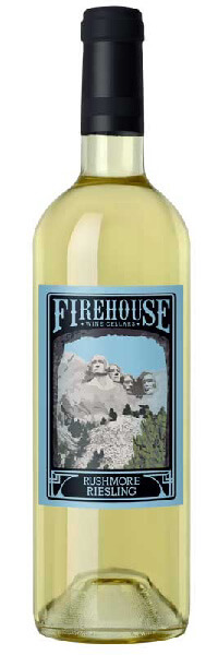 Rushmore Dry Riesling wine bottle